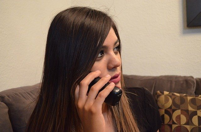 Handling Customers' Queries Via Phone Call